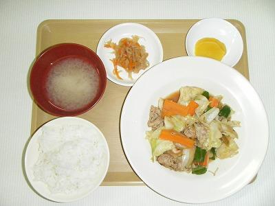 夕食(野菜炒め)